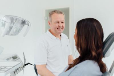Wir nehmen uns Zeit für unsere Patienten und legen besonderen Wert auf eine persönliche Beratung.